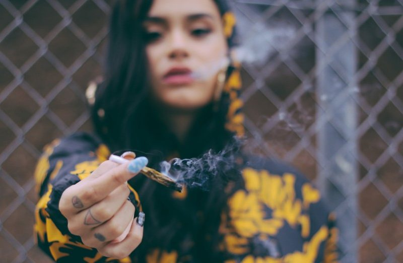 "Kehlani Releases Two New Holiday Themed Tracks ""Lonely In December"" & ""What It's All About"""