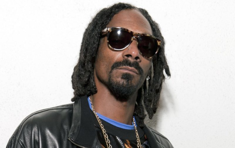 "Snoop Dogg says ""F*&k the Grammys"" in latest Instagram post"