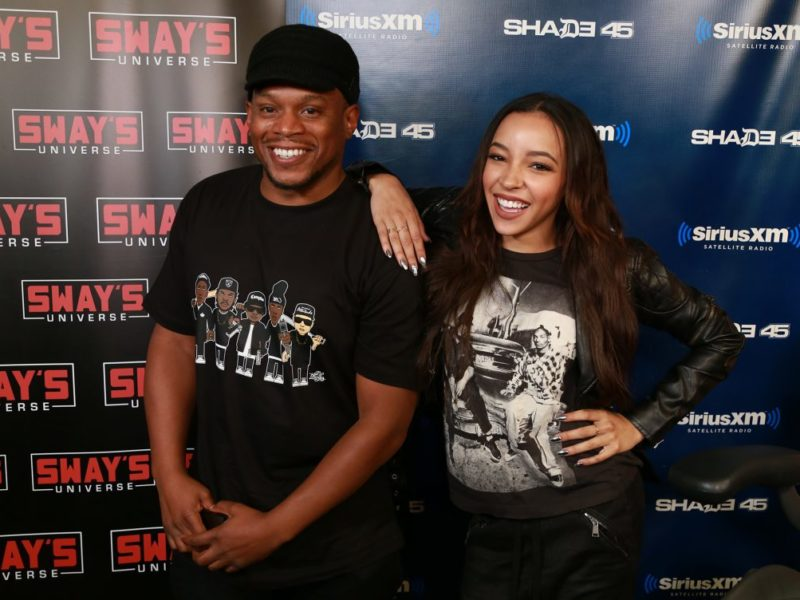Tinashe Freestyles over the 5 Fingers of Death + Talks Touring with Nicki Minaj & Katy Perry