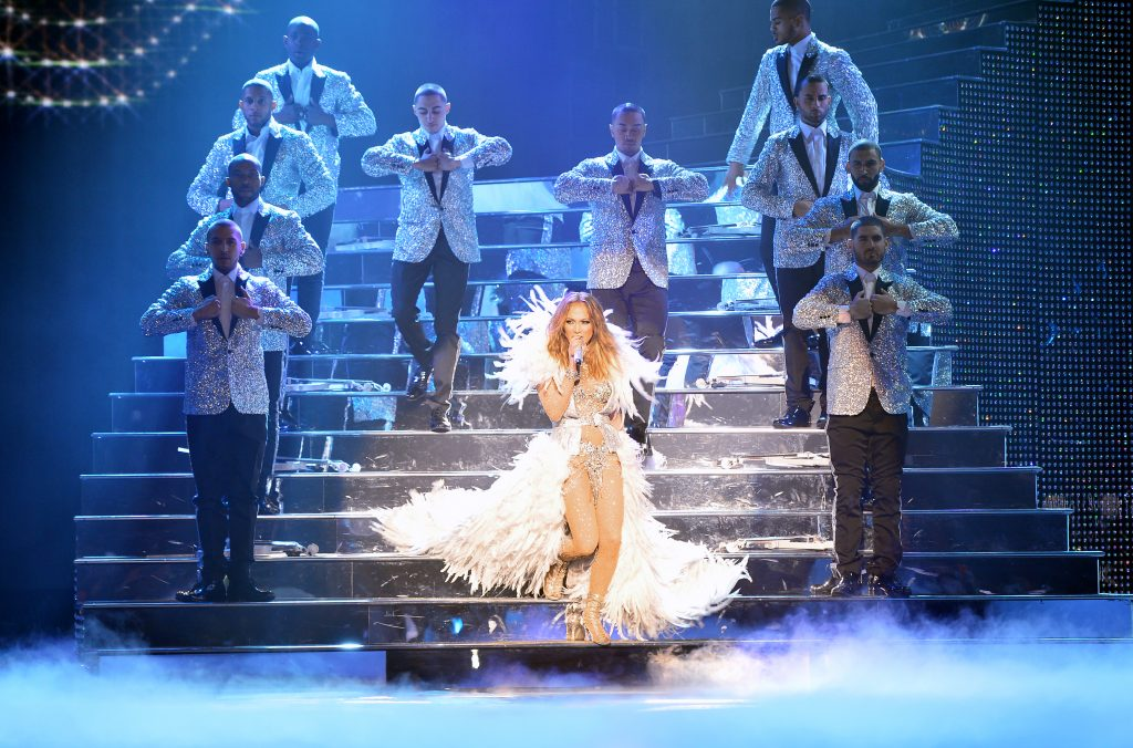 "4 Reasons Why You Need to See Jennifer Lopez's New ""All I Have"" Show in Las Vegas"