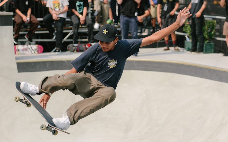 Photos: Ryan Sheckler, Klay Thompson & More Attend the Dew Tour Skate Competition