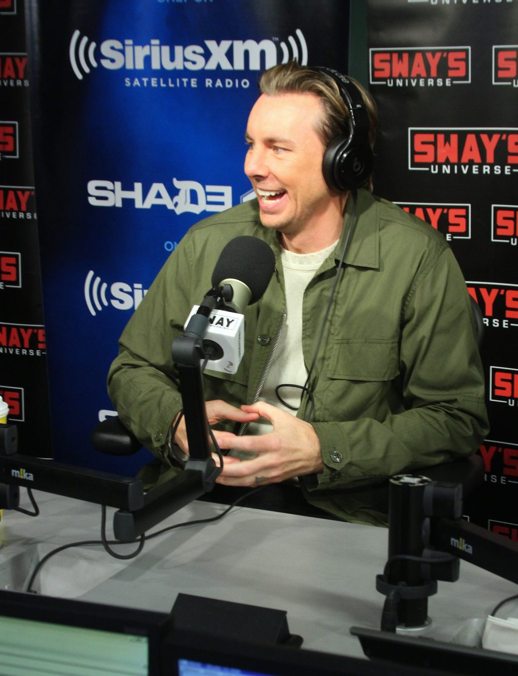"Dax Shepard Jokes About Race, Working Alongside Wife Kristen Bell & ""Chips"" Movie"