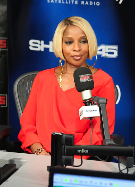 Mary J. Blige Talks Single Life, Horror Movies, New Music and Moving On