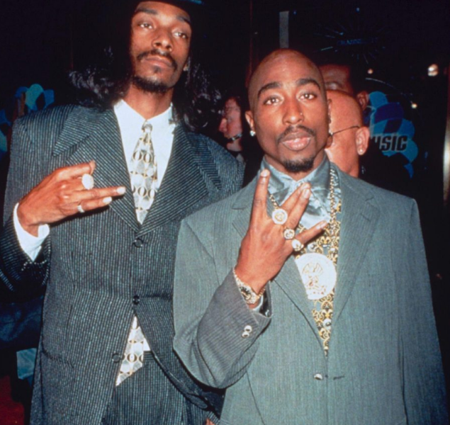 "The Snoop Dogg Interview About Conflict with Tupac that Inspired Airplane Scene in ""All Eyez on Me"""