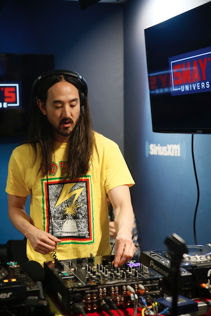 Steve Aoki Takes Over Sway in the Morning Turntables + Mixes Live