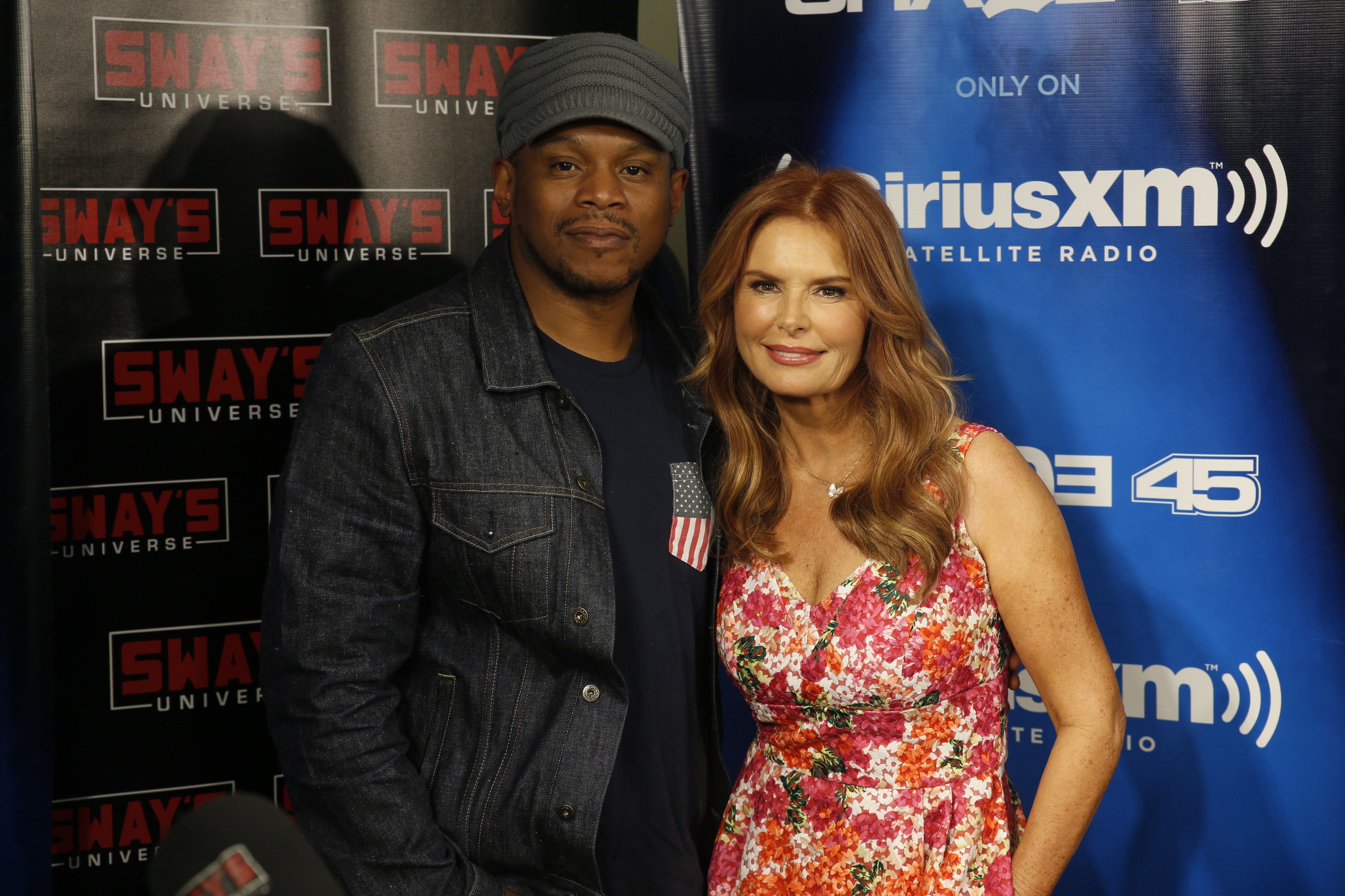 Roma Downey and Mark Burnett Partner with MGM to produce LightWorkers.com