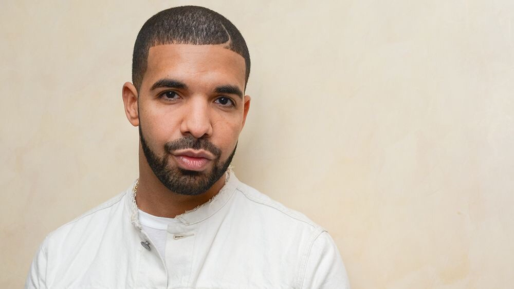 Drake May Be Looking At $15 Ms to $20 Ms In A New Deal; Also Has An Album Locked and Loaded