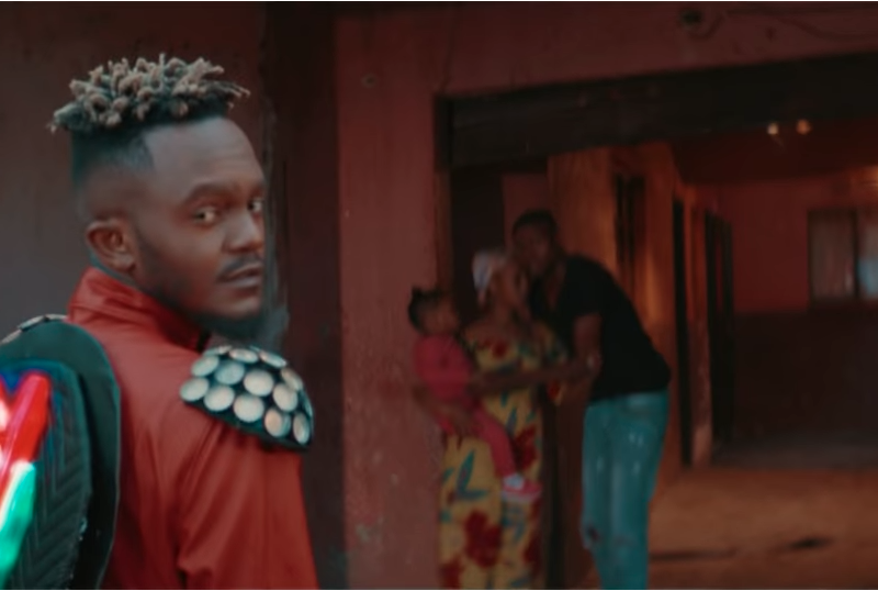 "Kwesta Takes Off In New Video ""Vur Vai"""