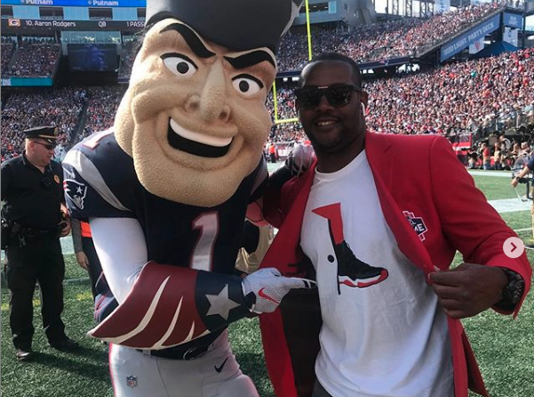 Hall Of Fame Inductee Ty Law Calls In To Sway In The Morning