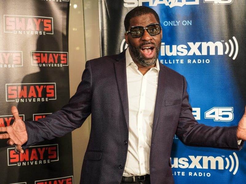 "Che ""Rhymefest"" Smith on His Disagreements with Kanye West, Acting for the First Time & Performs Live"