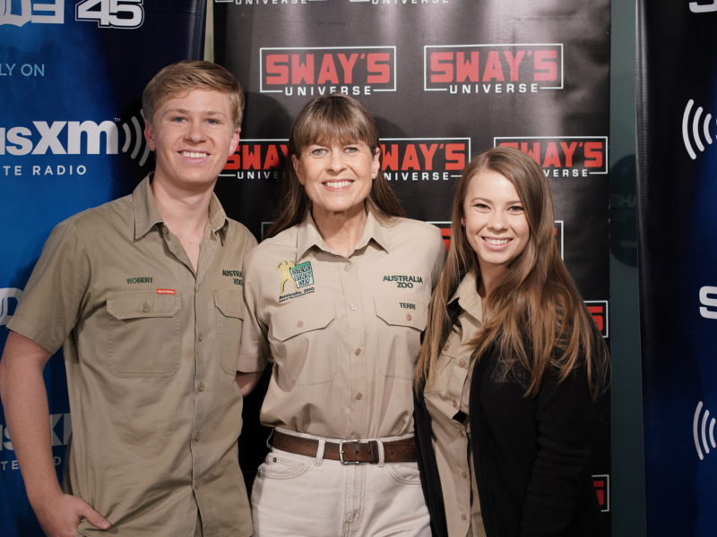 "The Irwin Family Talk Animal STDs, How to Help Natural Disasters & New Show ""Crikey"""