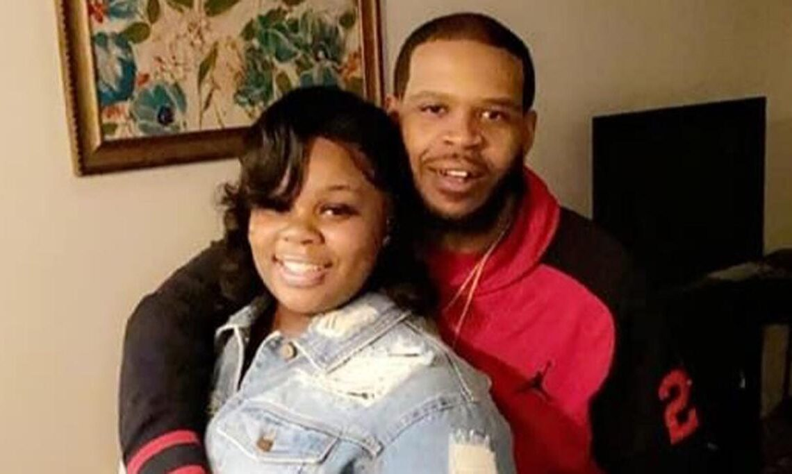 Breonna Taylor's Boyfriend certain cops did not announce themselves